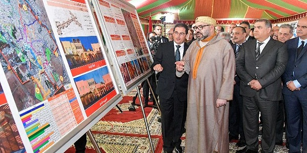 His Majesty  the King Mohammed VI, May God Assist Him, oversees the signing ceremony of the rehabilitation and enhancement agreement of the old medina of Salé